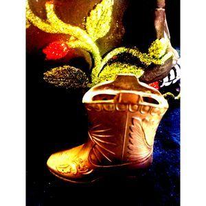 Decorative 3x3 cowboy boot